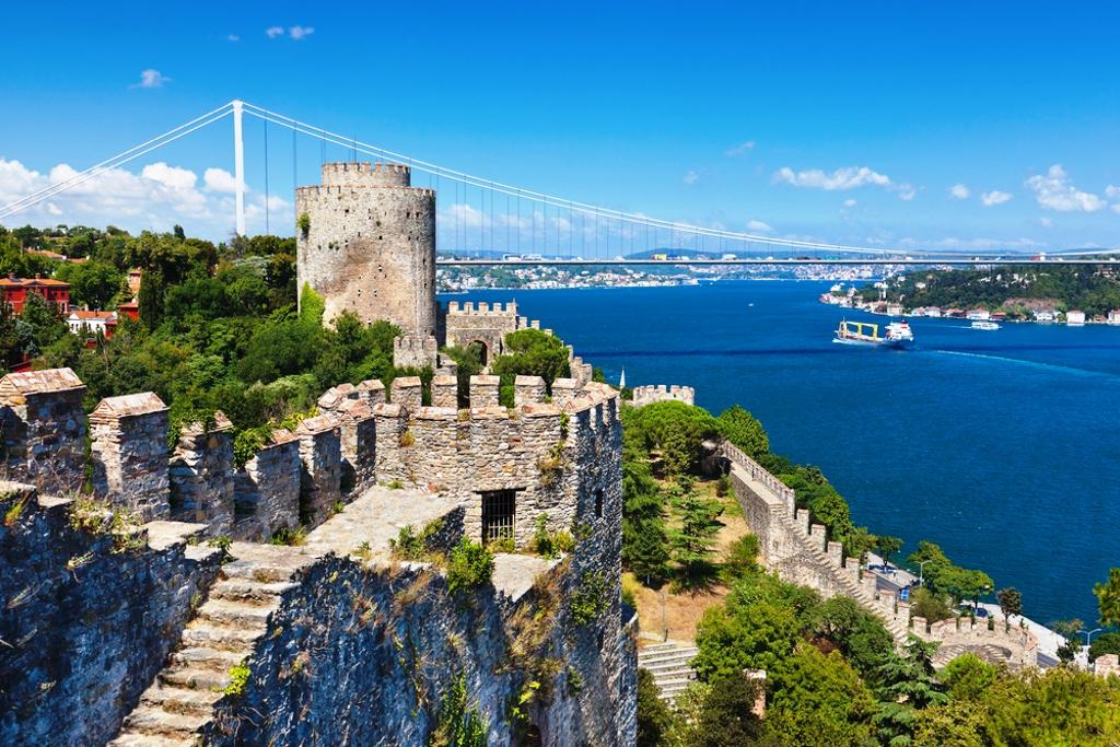 Escapada a estambul disfruta del mestizaje de oriente y for Oficina turismo turquia